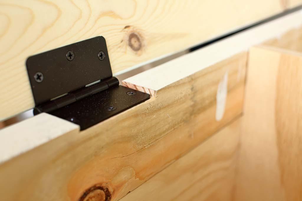 How To Build A Diy Corner Storage Bench Thediyplan