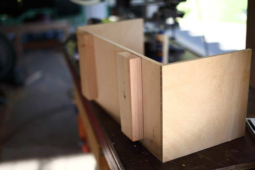 attaching bottom rails for drawer boxes