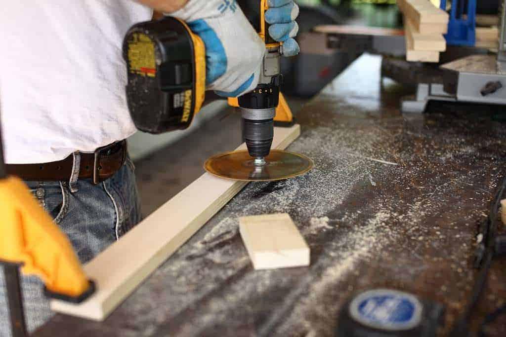 making a rough cut saw marks