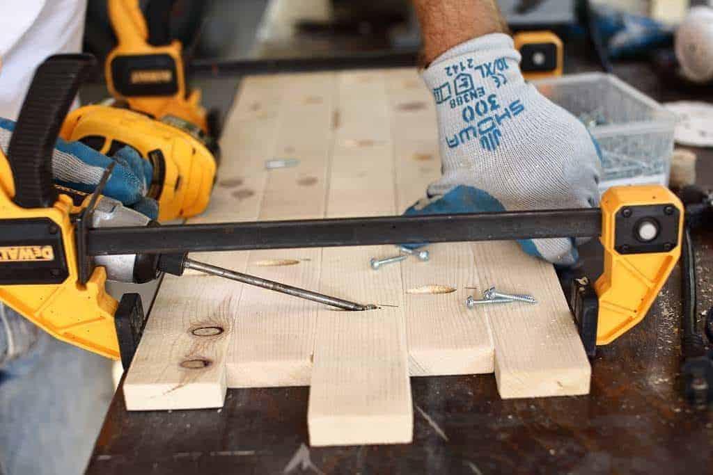drilling pocket holes for diy rustic kitchen sign
