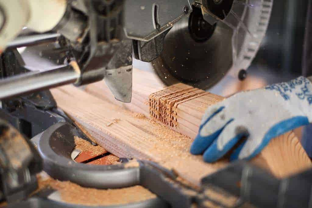 cutting notch in the wood with miter saw