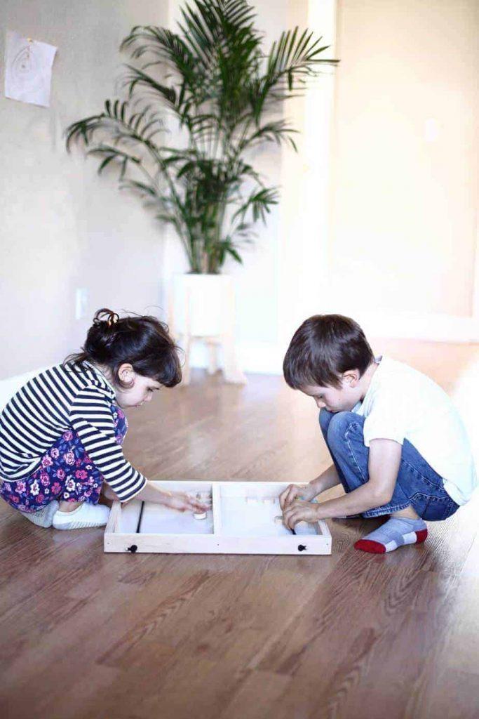 kids playing DIY Pucket Game