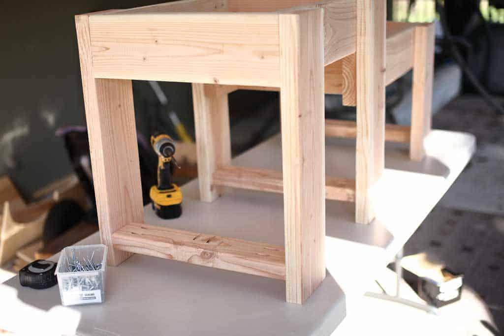 DIY Sensory Table bottom shelf supports