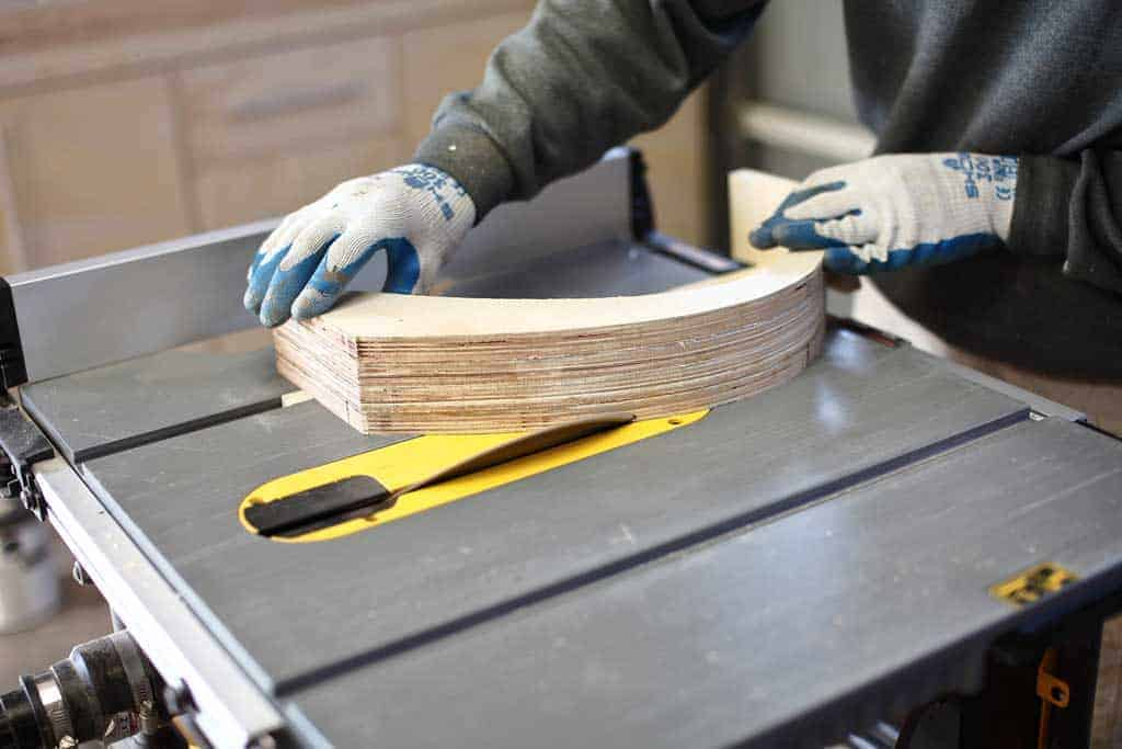 using table saw to trim legs at 45 degrees