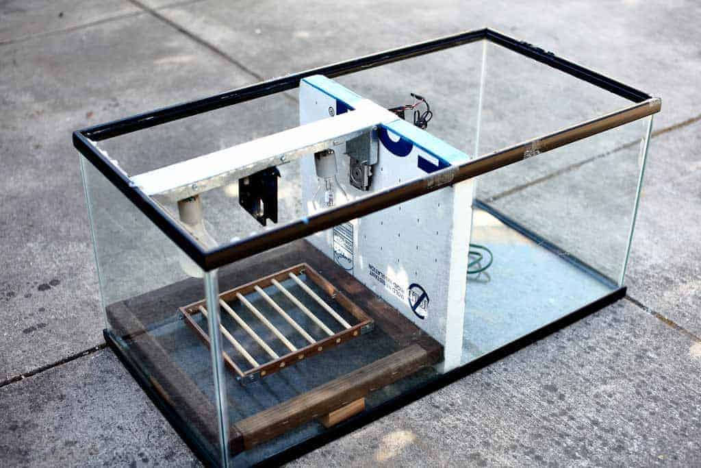 DIY Glass Incubator