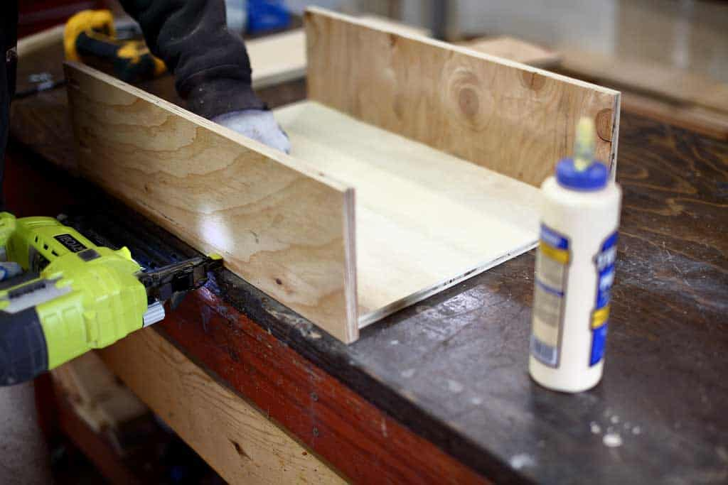 building a drawer box