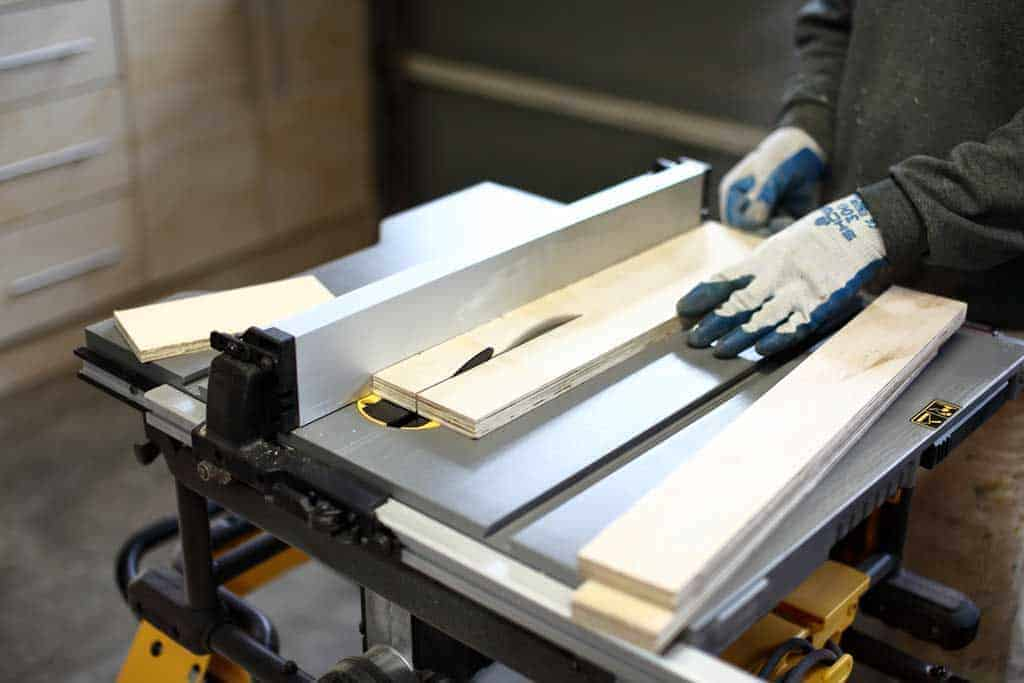cutting wood on the table saw