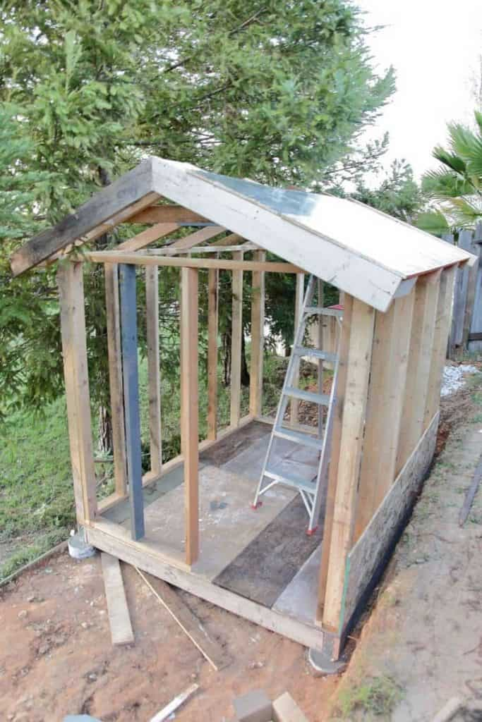 roof for DIY Chicken Coop