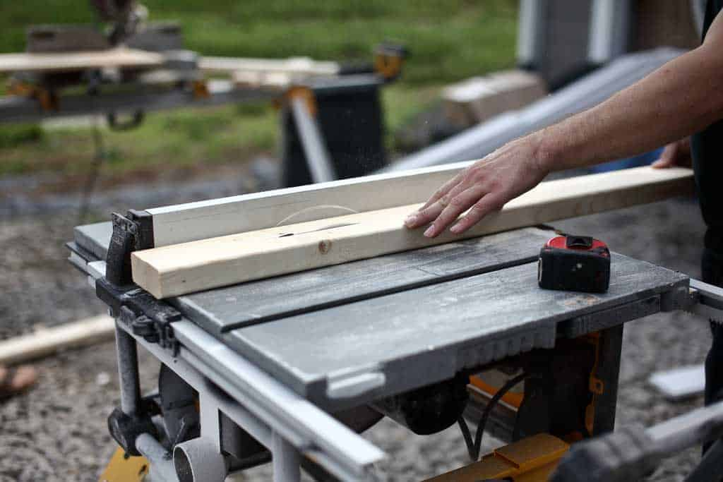 ripping 2x4 on the table saw
