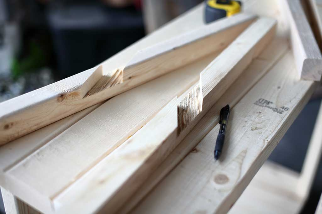 cutting lap joint for the cross