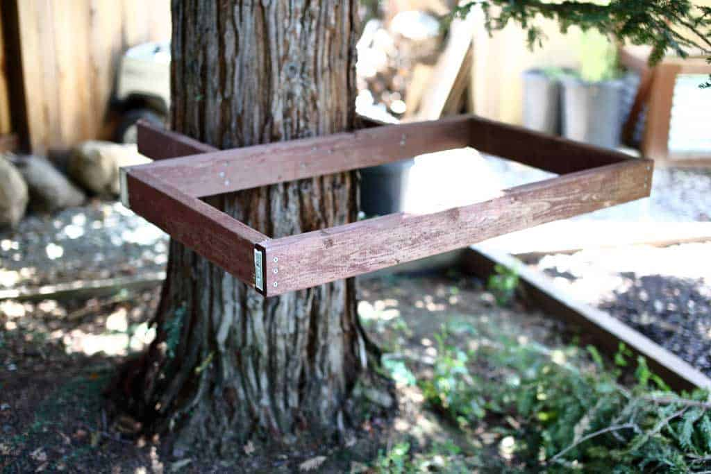 How to Make a DIY Zipline in Your Backyard - TheDIYPlan