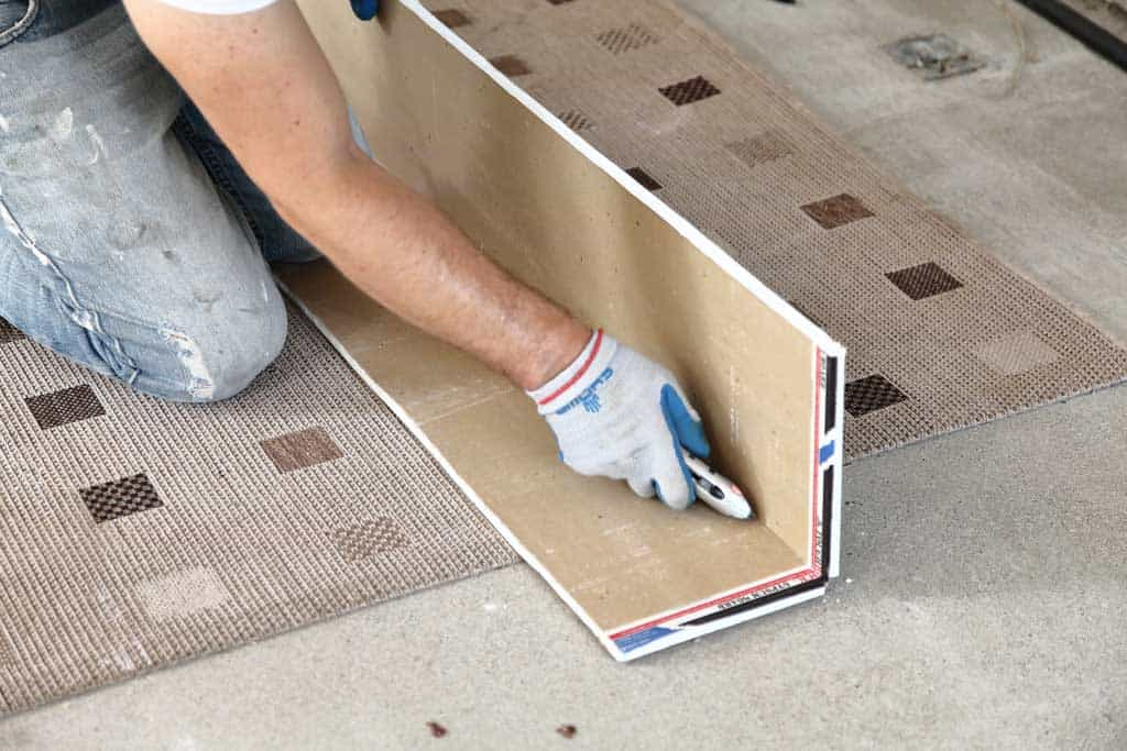 cutting drywall for closet
