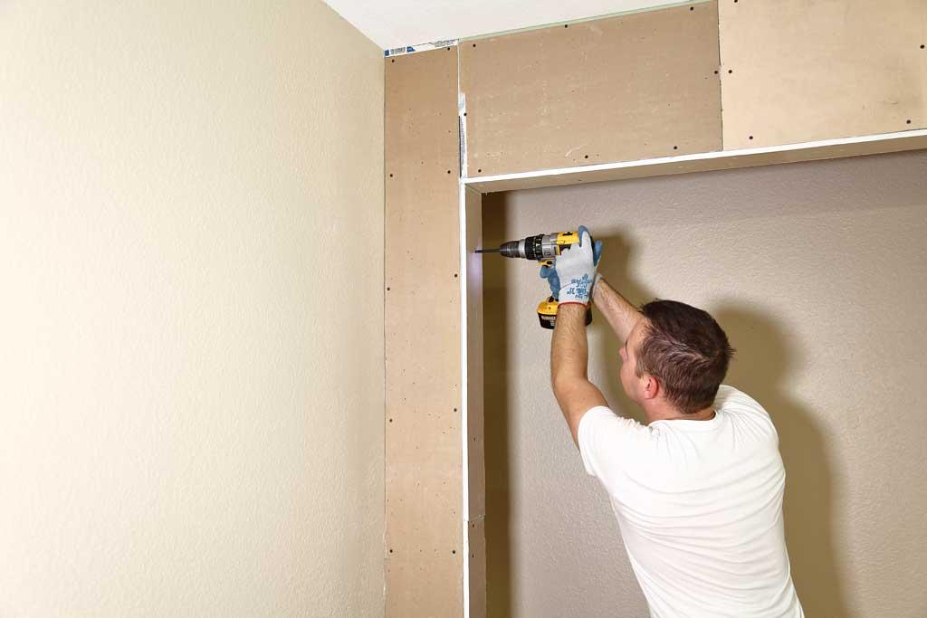 attaching drywall to closet framing