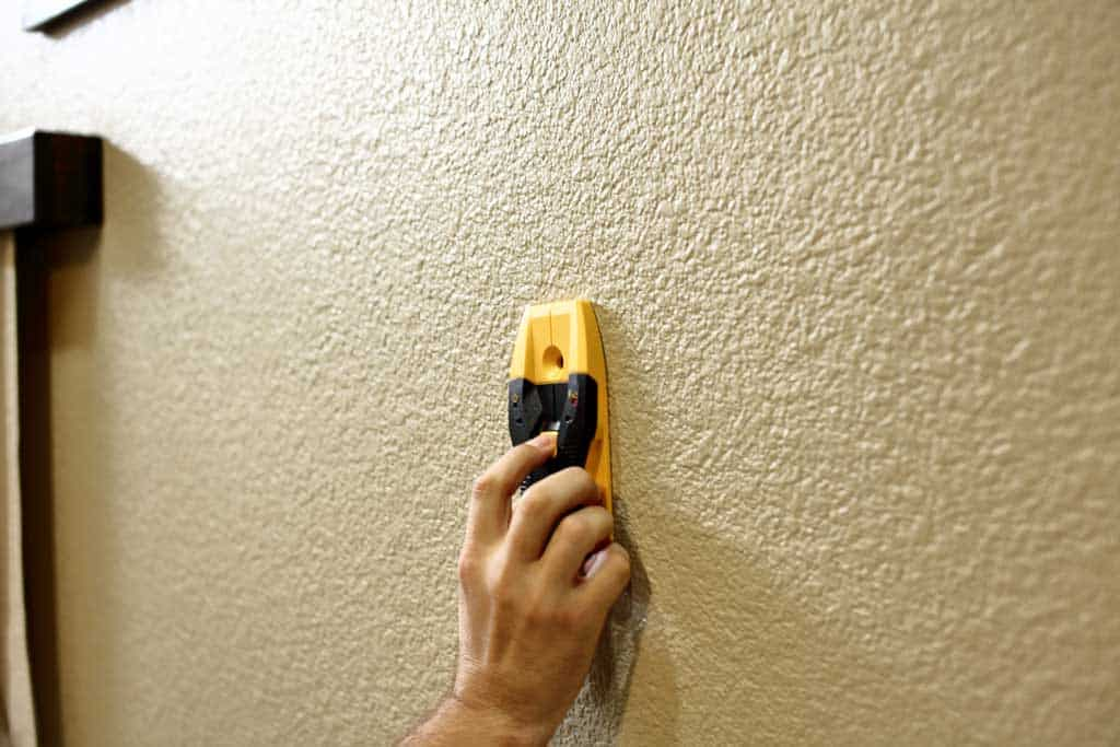 stud finder to find studs in wall