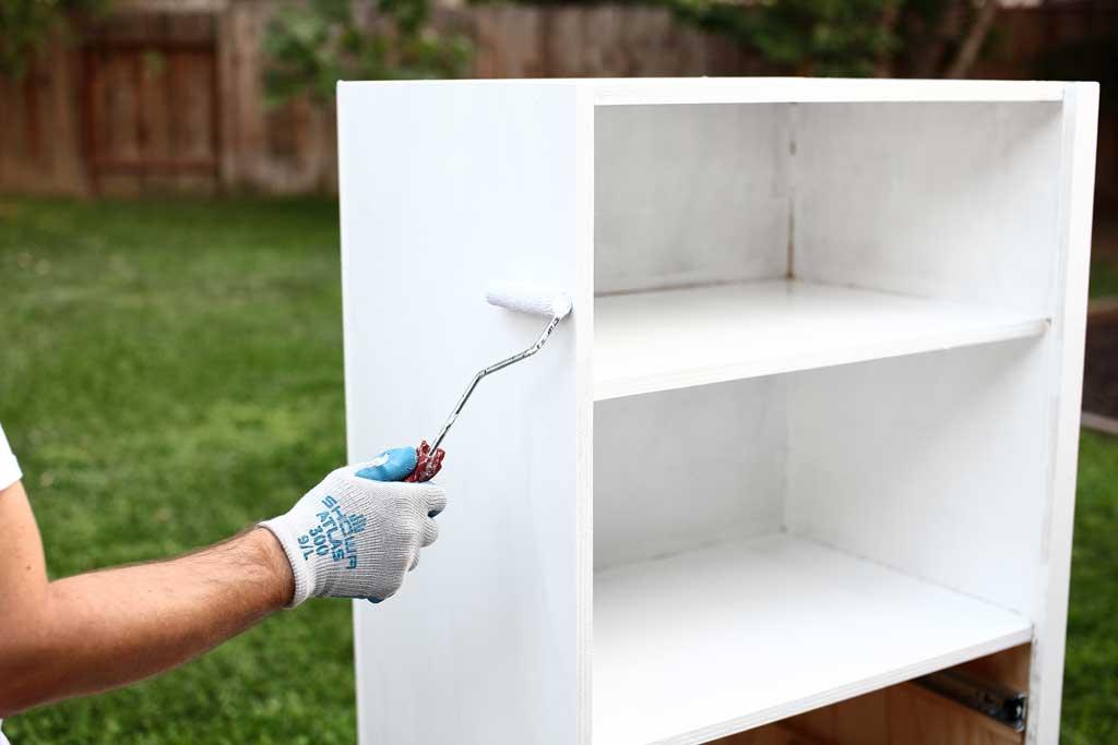 painting DIY closet organizer