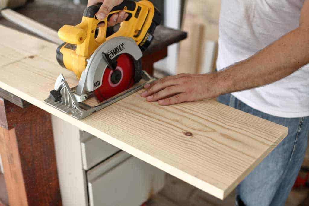 cutting boards with a skill saw