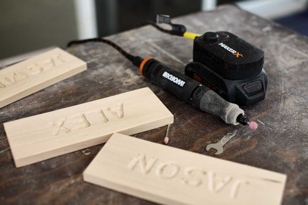 using worx makerx to carve letters on wood