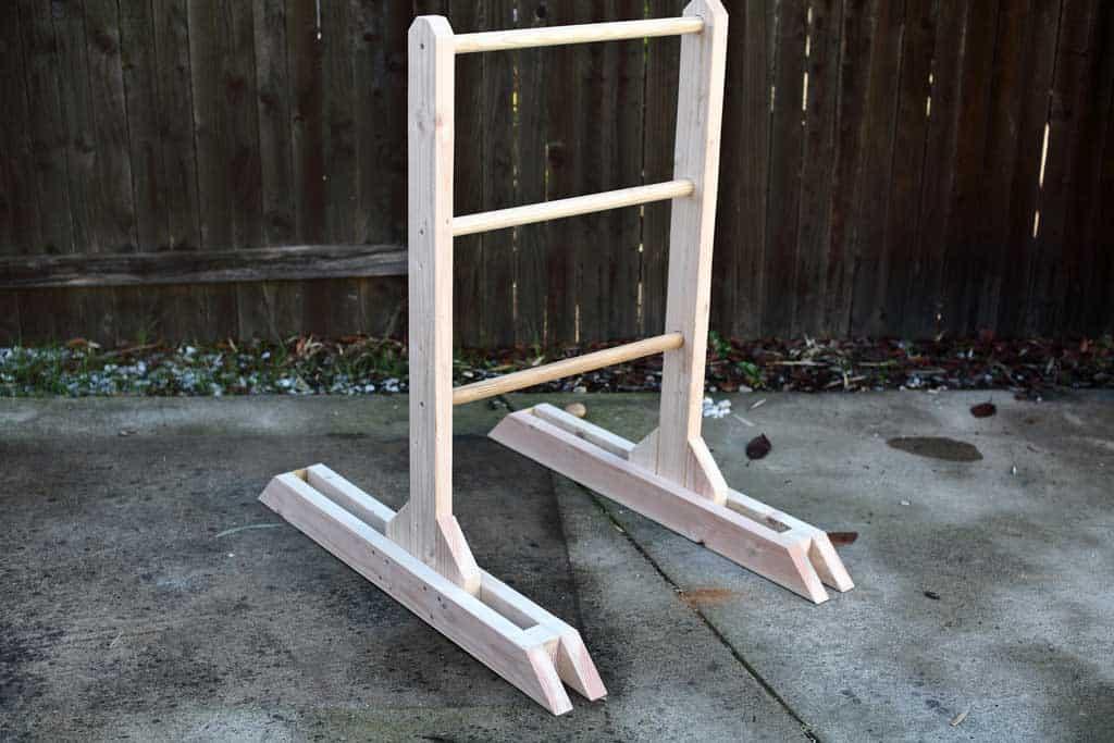 DIY wooden ladder toss game