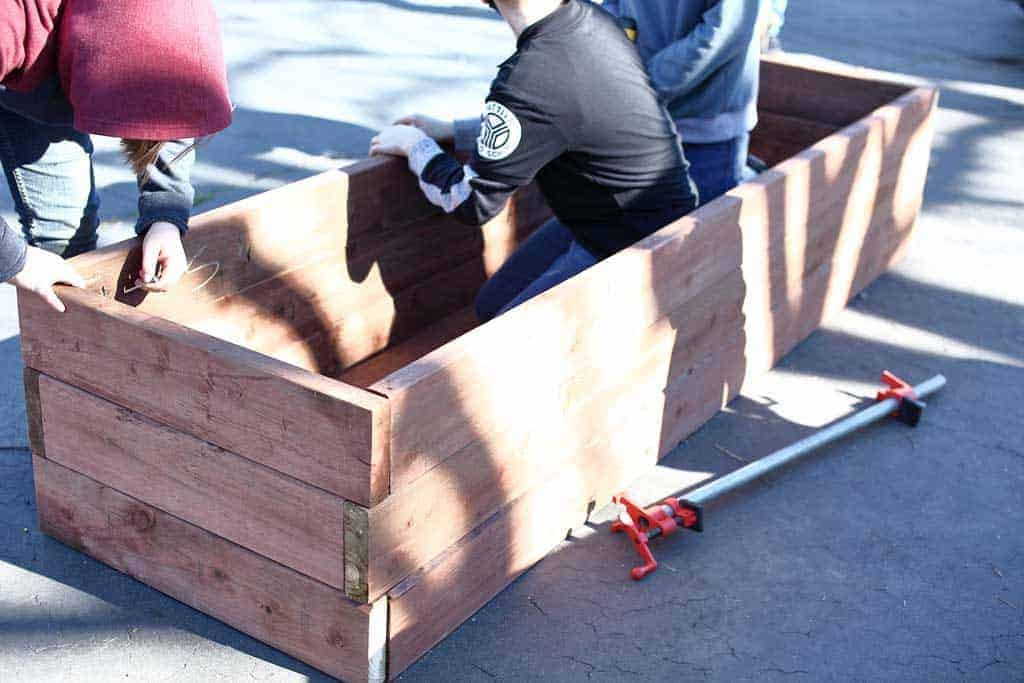 attaching planter box together