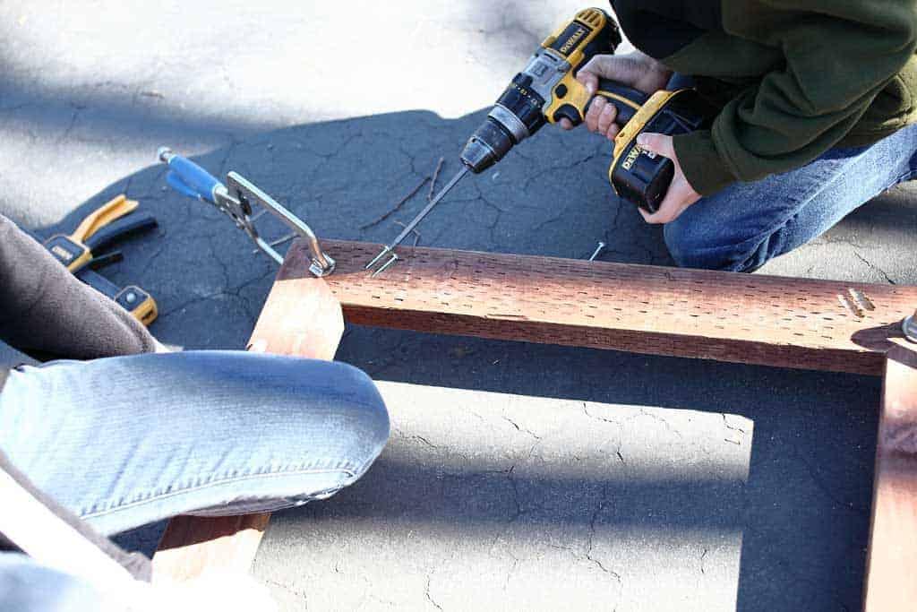 attaching upper frame for planter box
