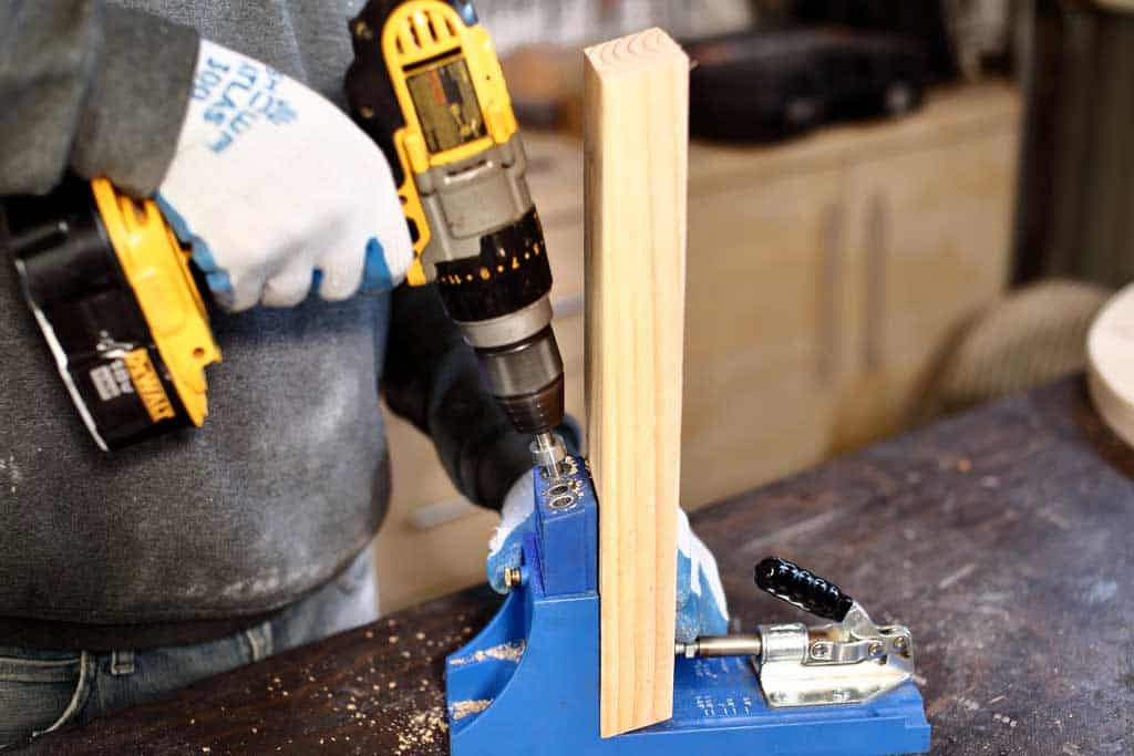 drilling pocket holes in wood