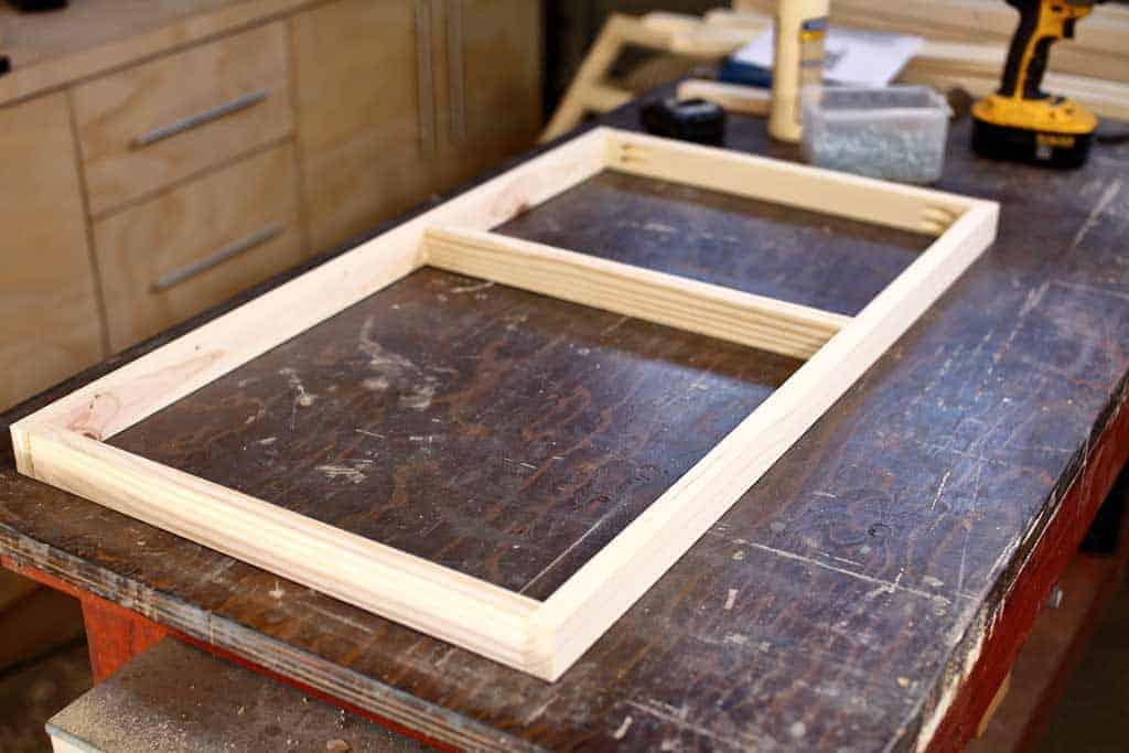 building a floor frame for gradually worn-down