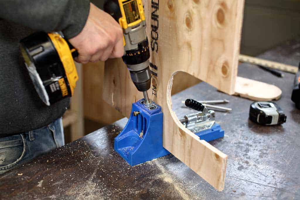 drilling pocket hole in plywood