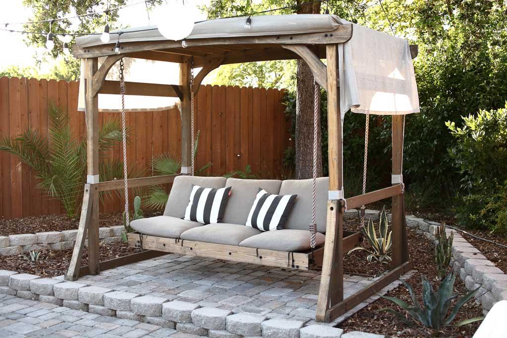 DIY Outdoor Arbor Swing
