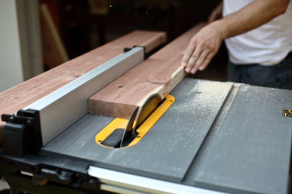 ripping rounded edges on 2x6