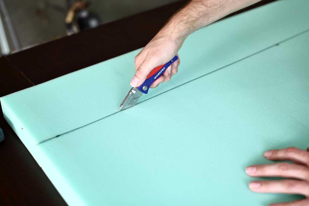 cutting cushion with knife