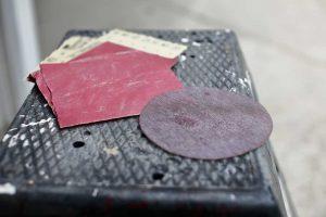 Sanding screen and sandpaper